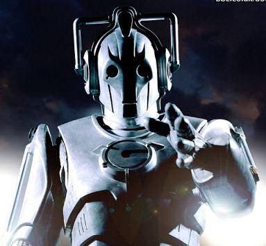En direct du TARDIS voici le Doctor et les Daleks.....Oups! Cyberman2